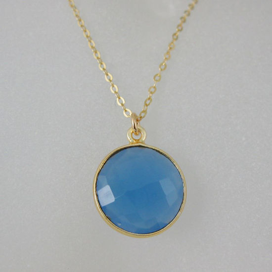 "Wholesale Bezel Gemstone Round Pendant Necklace - Gold Plated Chain - Blue chalcedony (16-24"")"