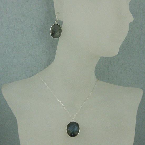 """Wholesale Bezel Gem Oval Pendant Necklace & Earrings - Sterling Silver-Labradorite (16-24"""")"""