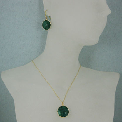 "Wholesale Bezel Gemstone Round Pendant Necklace & Earrings-Gold Plated-Emerald Dyed (16-24"")"