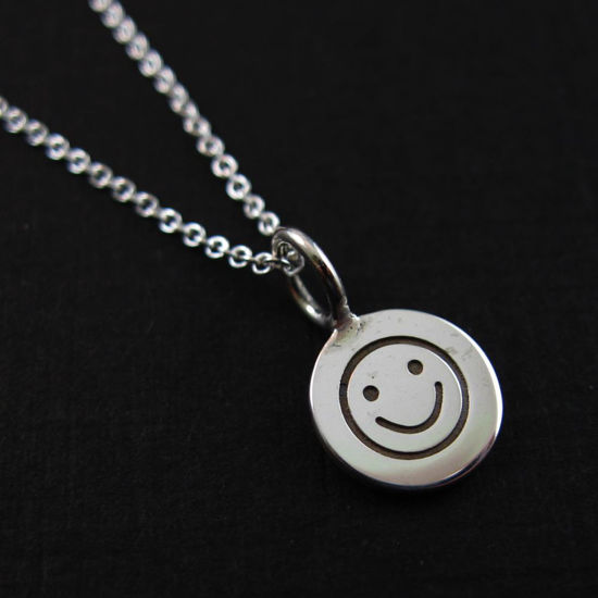Wholesale 925 Sterling Silver Necklace-Happy Face Charm Pendant Necklace (16-24 inch)