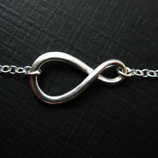 Wholesale 925 Sterling Silver Figure 8-Warped Infinity Charm Pendant Necklace (16-24 inch)