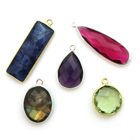 Picture for category Bezel Gemstone Pendants